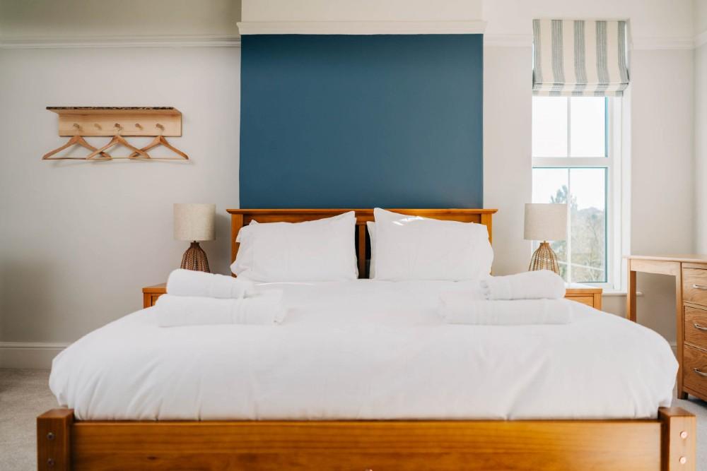 Bryn Berwyn Room 1 Family Suite bed