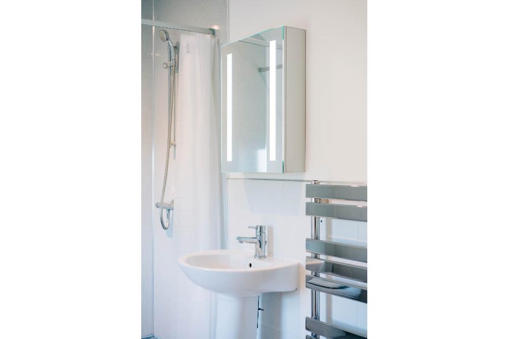 Bryn Berwyn Sea View Double - bathroom