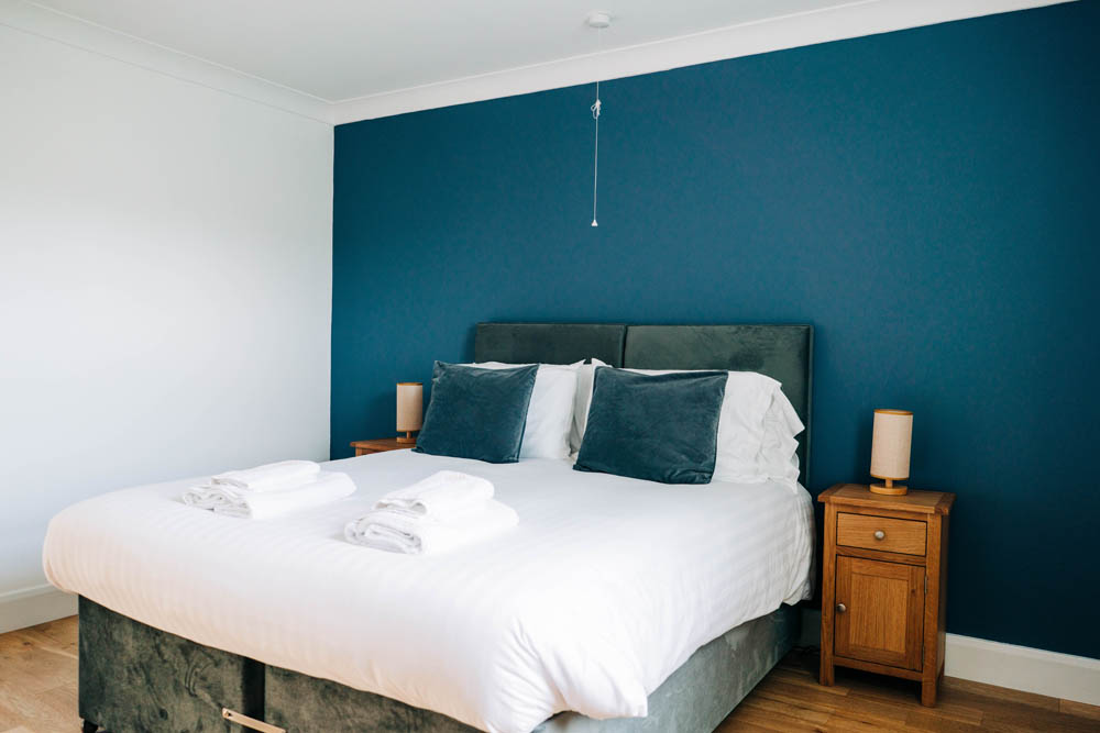 Bryn Berwyn Ground Floor Suite -  bed